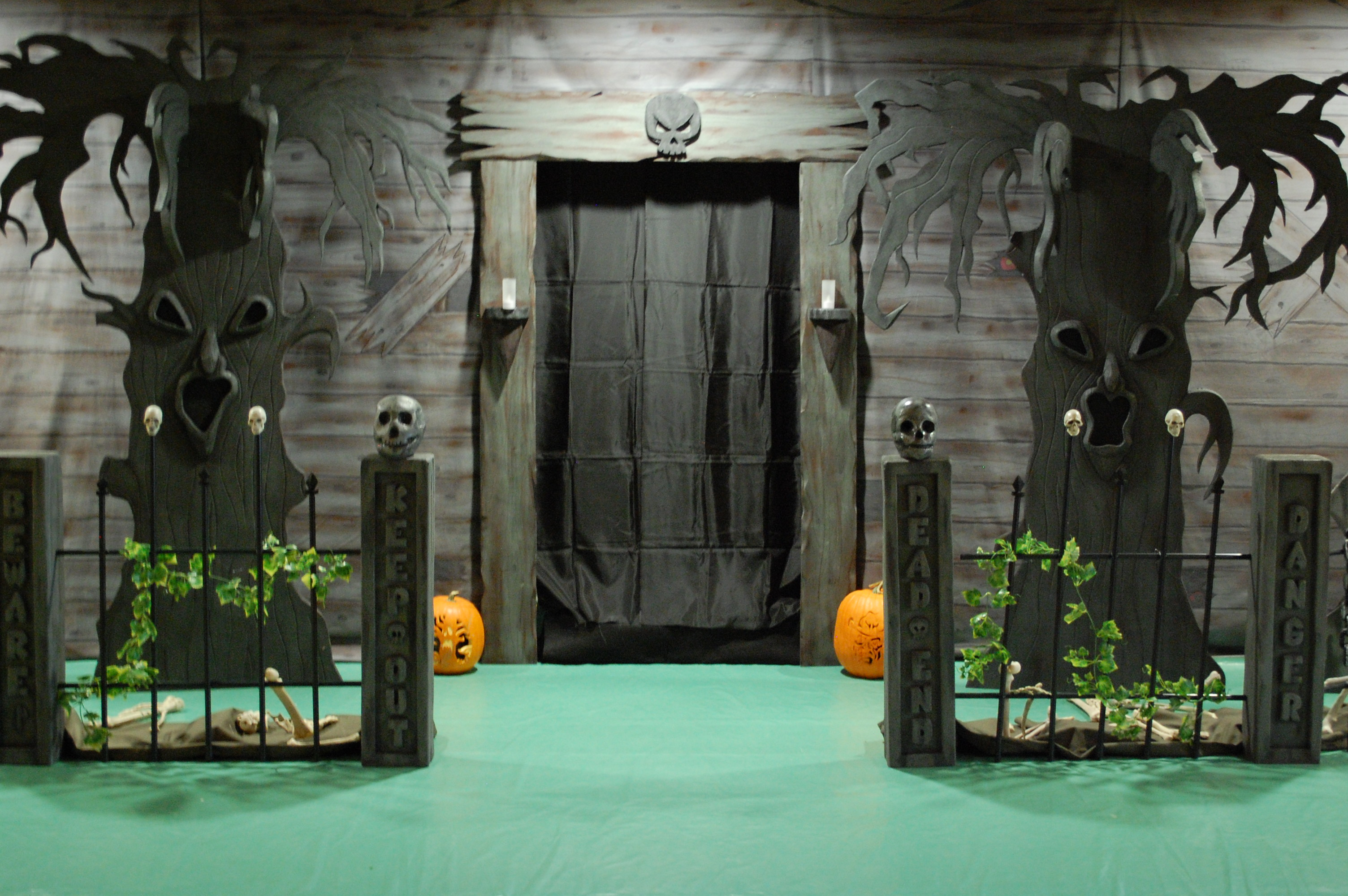 haunted house ideas for entrance